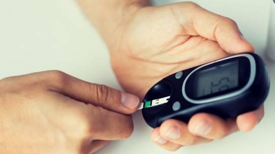 Diabetes y Tiroides: Implicaciones metabólicas para el individuo que las padece.