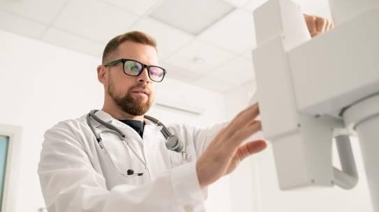 ¿Qué hace un electrofisiólogo?